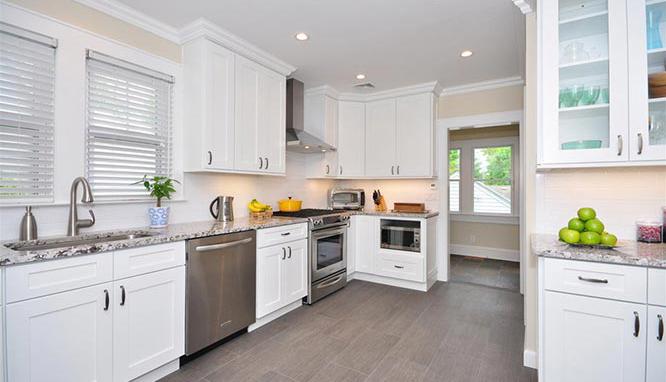 RTA Kitchen Cabinets White